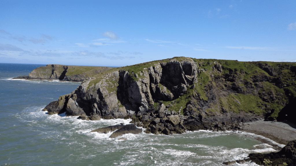 Traumhafte walisische Küste am Pembrokeshire Coast Path