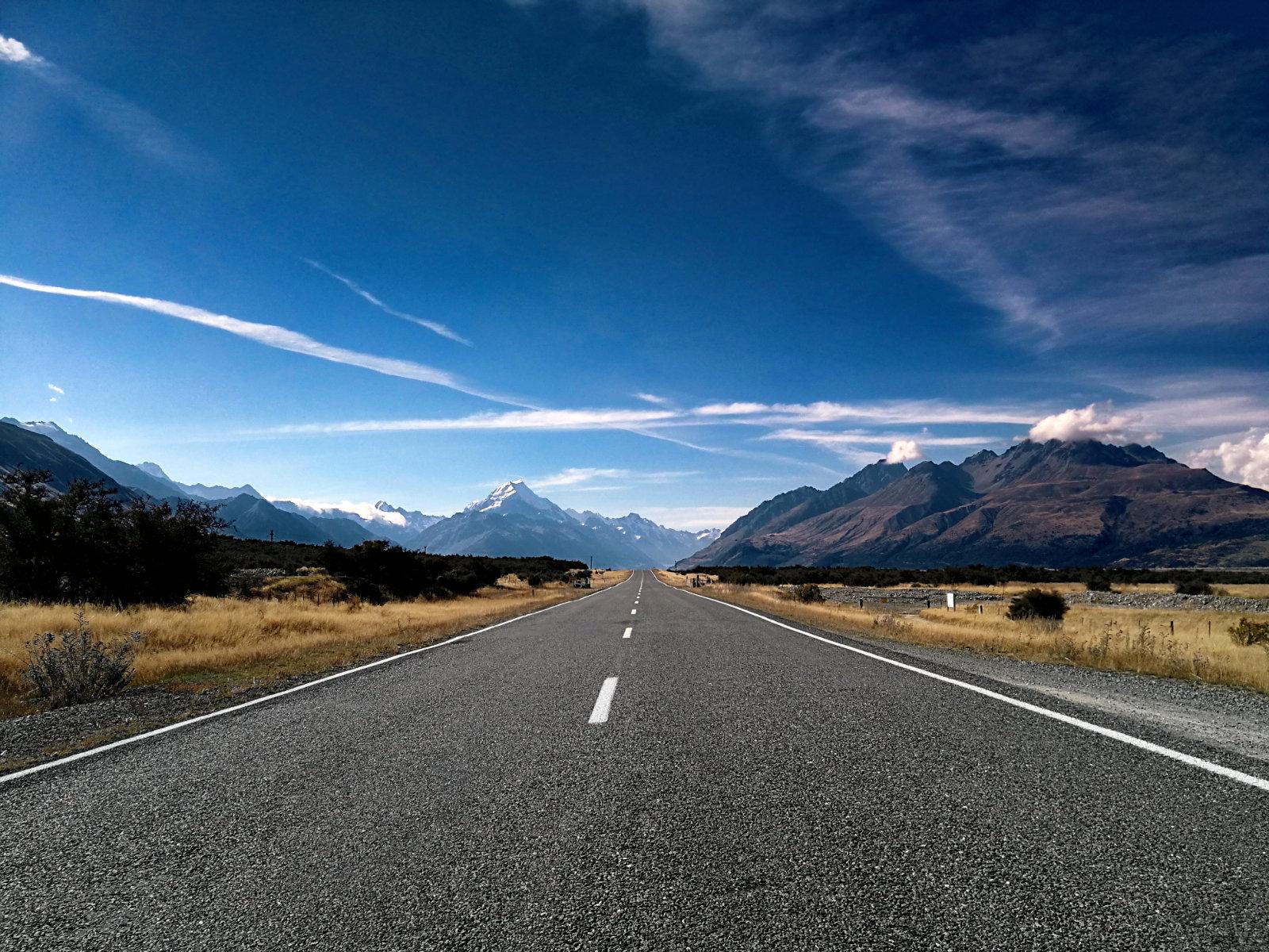 Straße im Mount Cook Nationalpark