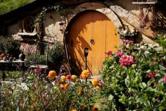 Titelbild aus dem Hobbiton Movie Set